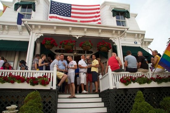White Wind Inn: 4th of July Party on the porch
