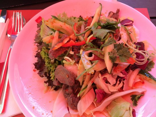 cha chã: Thai salat with beef