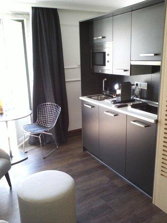 Garrett 48 Apartments: Cocina