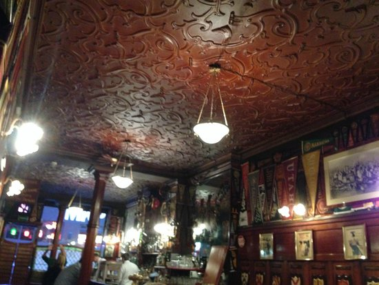 Harry's New York Bar: The stylish roof