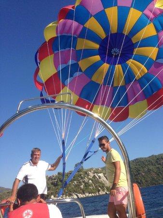 Marmaris Park: parasailing