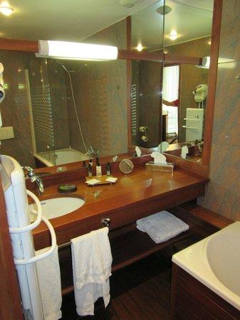 Hotel George Sand : Bathroom