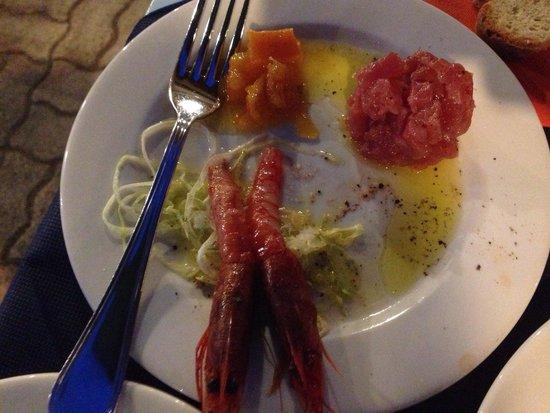 Osteria TerraMasci: Gamberi viola e tartare di tonno uno spettacolo