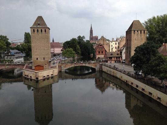 Ibis Strasbourg Centre Petite France : pont couverts, three minutes walk from hotel