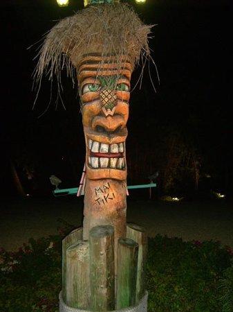 Kon-Tiki Resort : THE KON TIKI