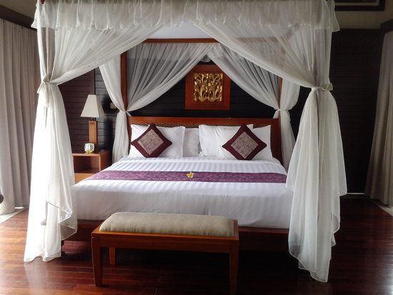 The Sanyas Suite Seminyak: Super comfortable bed