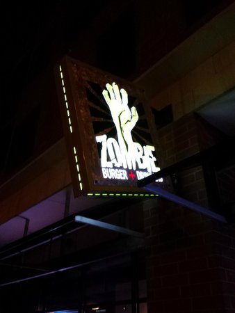 "Zombie Burger + Drink Lab: The ""horrifying"" entrance"