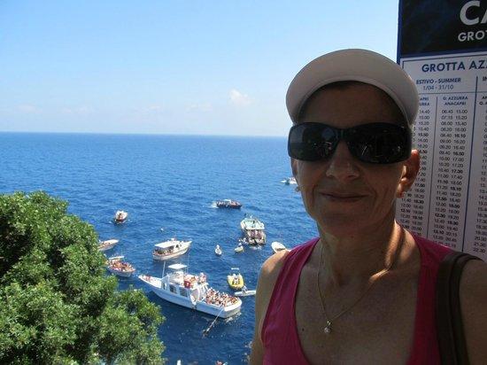 Villa Damecuta: Melania con vista de Capri
