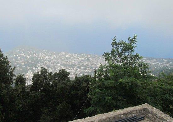Villa Damecuta: Vista de Capri desde Anacapri
