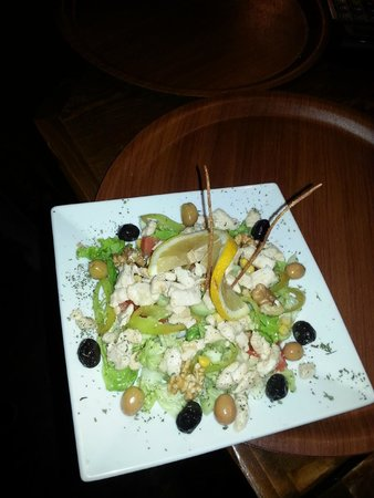 Keyf-i Mekan Cafe And Restaurant: chıcken salad