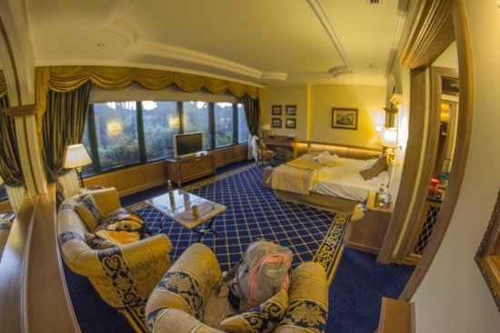 Royal Olympic Hotel: Suite