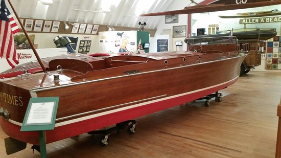 New Hampshire Boat Museum: Vintage