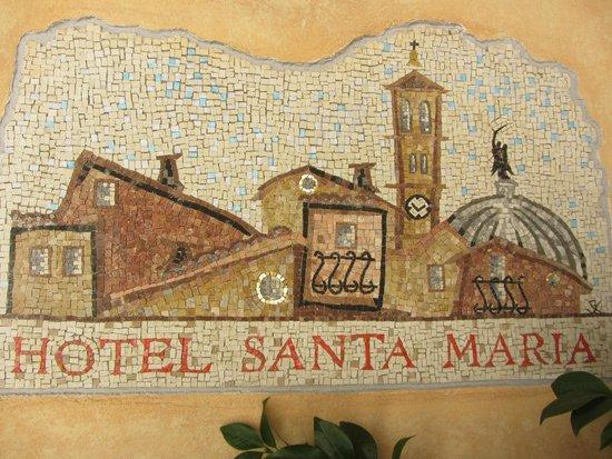 Hotel Santa Maria: Hotel wall mosaic