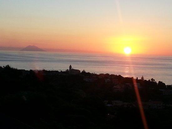 Orizzonte Blu di Tropea Hotel: romantico Stromboli