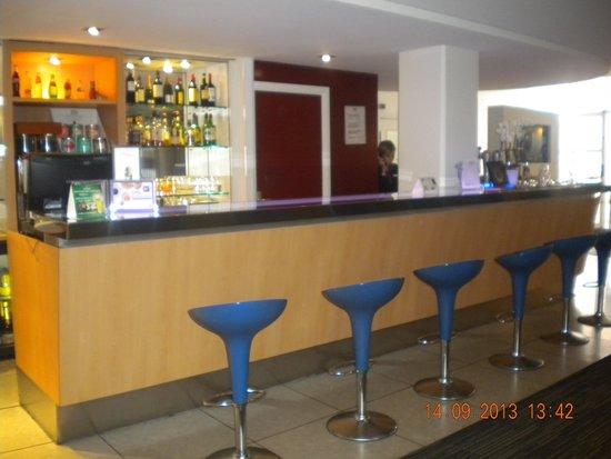 Novotel Lille Centre Grand Place : Bar de l'hôtel