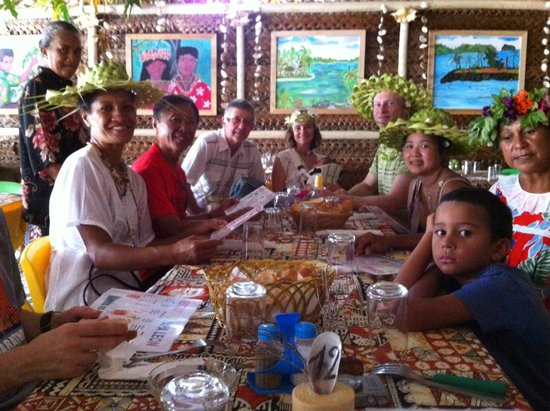 Bora Bora Fishing Paradise Lodge : Lunch together out at the heiva temporary restaurants