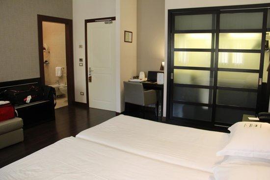 Best Western Premier Hotel Sant'Elena: Vue de a chambre
