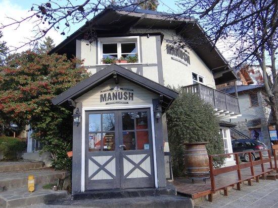 Cervecería Manush: Cerveceria Manush