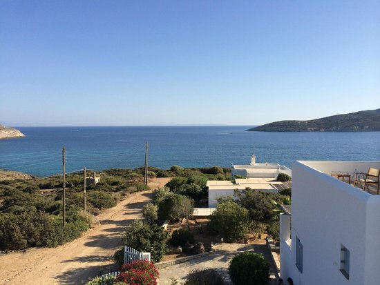 Oliaros seaside lodge: View from room