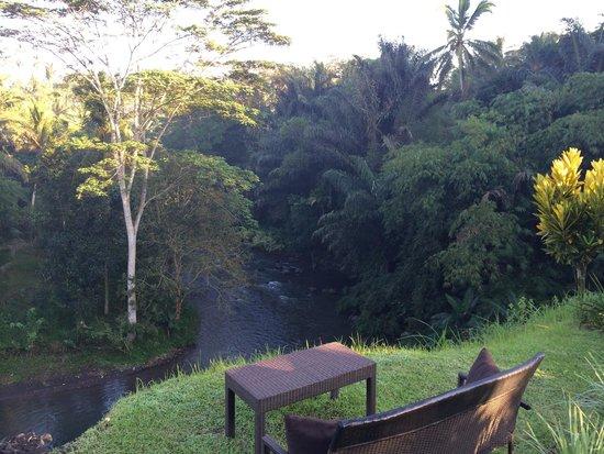 Villa Semana: River gorge