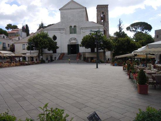 Graal Hotel Ravello: Ravello centre