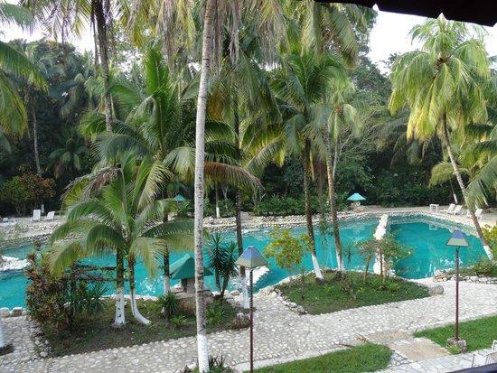 Chan-Kah Resort Village: Vue piscine