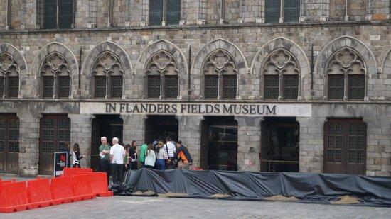 Musée de la guerre «In Flanders Field» : Museum