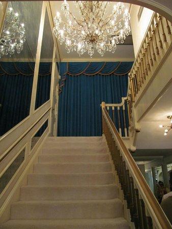 Graceland : Stair case