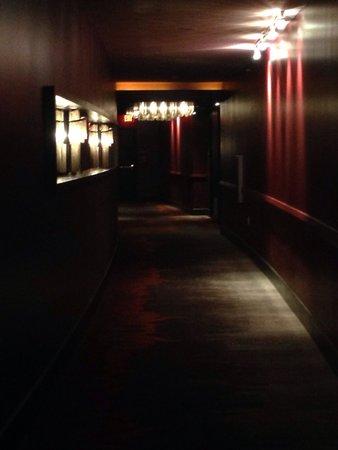 Hard Rock Hotel & Casino Biloxi: Hallway in platinum tower