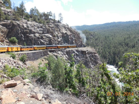 Durango and Silverton Narrow Gauge Railroad and Museum : What a view!