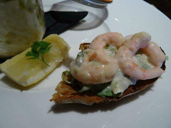 The One Under Gastro Pub: prawn cocktail on toast, yum