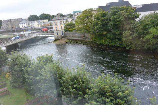 Jurys Inn Galway : View from our room