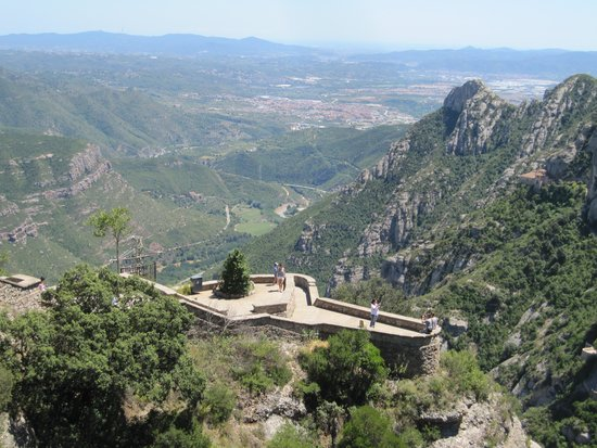 Oriente Atiram : Montserrat - don't miss it!