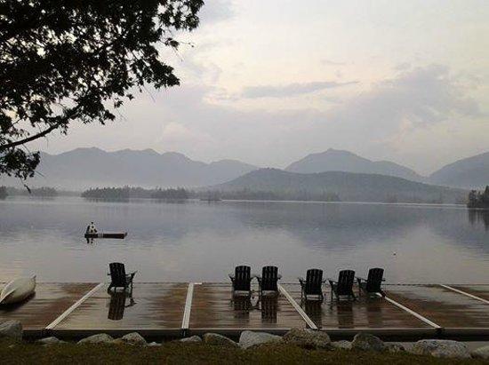 Elk Lake Lodge: The lake and the dock