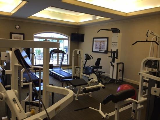Bay Landing Hotel: gym time