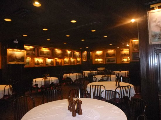 Sparks Steak House: One of the Dining Rooms