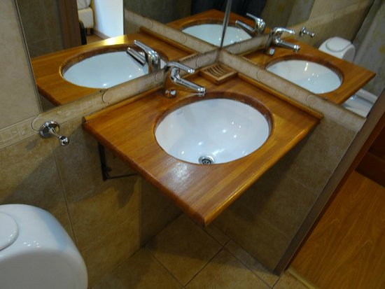 Hosteria Nogare: Baño