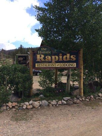 Rapids Lodge Restaurant : Sign on the street