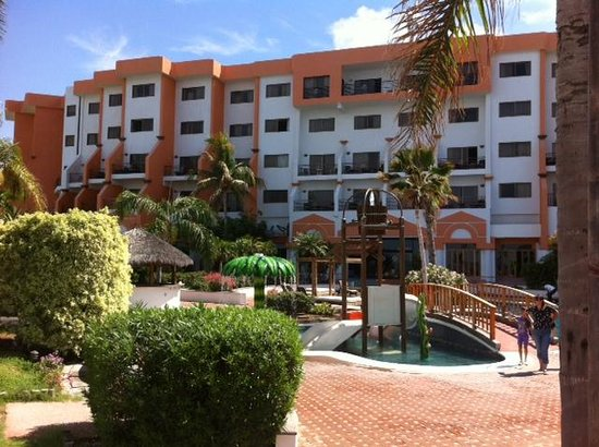 San Carlos Plaza Hotel Resort & Convention Center: hotel