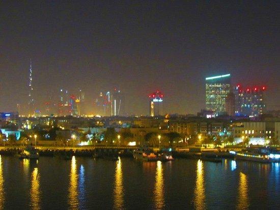 Sheraton Dubai Creek Hotel & Towers: vista do apto