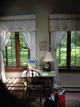 Nauset House Inn: park-like view