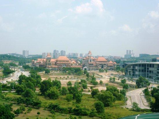 ... center - Picture of Putrajaya Bridge, Putrajaya - TripAdvisor