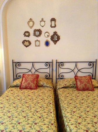 Villa Marsili - Chateaux et Hotel Collection: room with single beds