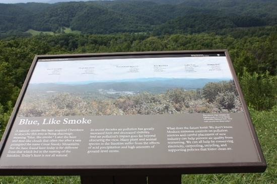 Foothills Parkway: Sign of the mountain ranges in sight