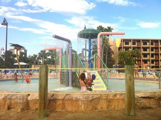 Wyndham Lake Buena Vista Disney Springs Resort Area: pool area