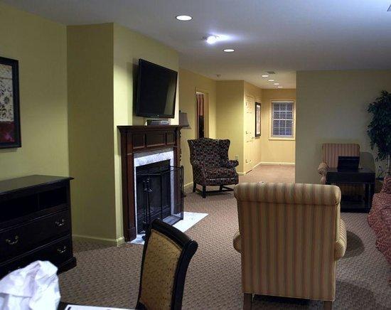 Williamsburg Plantation Resort: Living Room