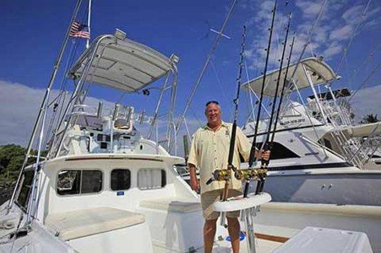 Big Buoy Fishing Charters: 31 Bertram Sur Reel  Big Buoy Fishing Guatemala deep sea fishing
