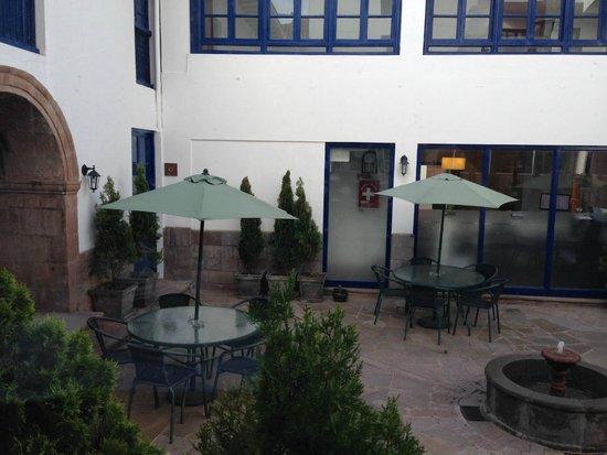 Tierra Viva Cusco Centro: Vista area interna hotel