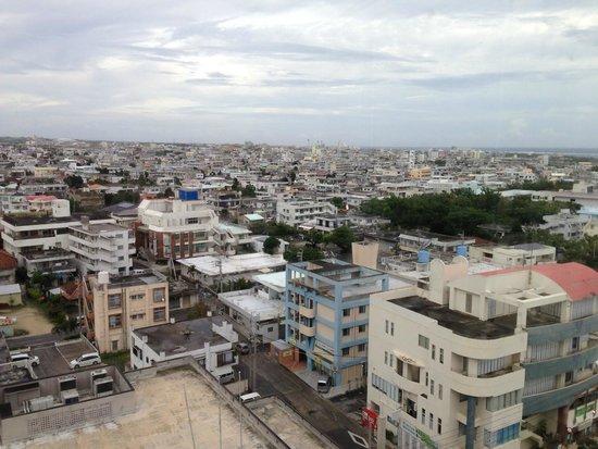 Hotel East China Sea: 部屋から石垣市