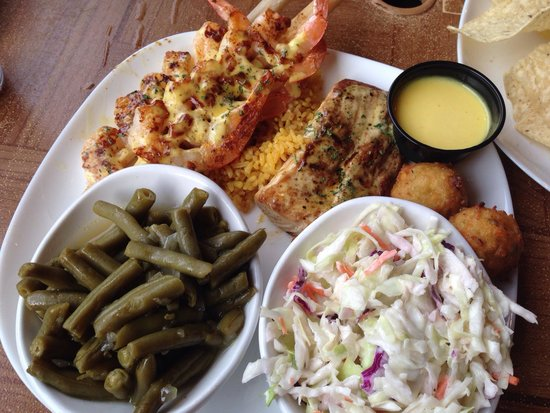 Crabby Bill's Clearwater Beach: Caribbean grill